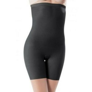 Spanx 930 Skinny Britches High Waisted Short BLACK